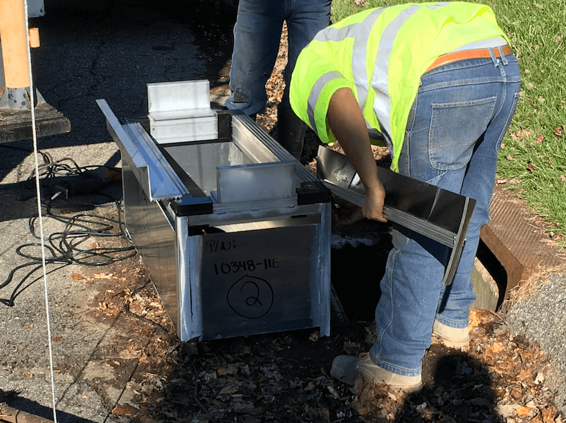 Custom curb inlet stormwater filtration