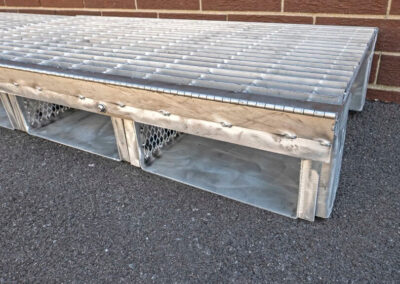 fabco industries flume screenbox trash and debris capture device filter in close up
