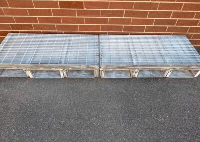 fabco industries flume screenbox trash and debris capture device filter in line up