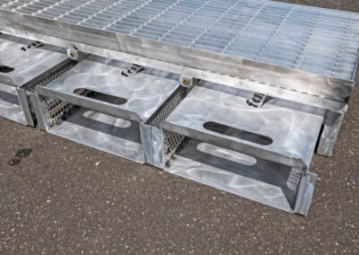 fabco industries flume screenbox trash and debris capture device filter out