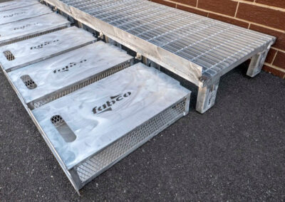 fabco industries flume screenbox trash and debris capture device filter out full close up