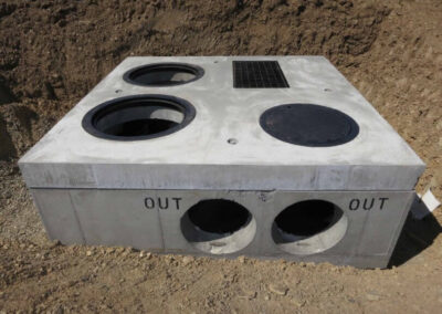 fabco industries stormsafe cartridge vault stormwater filter system in ground closed top