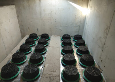fabco industries stormwater filter cartridge table installed in vault