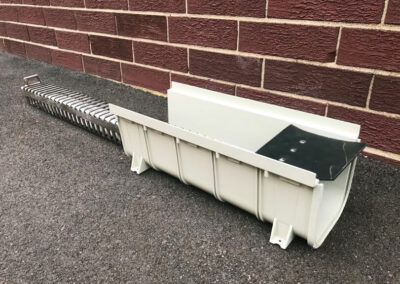 fabco industries trench drain stormwater filter system trash and debris capture device