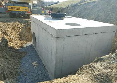 precast stormwater filtration vault installation